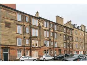 17/11 Rossie Place, Easter Road, EH7 5SD