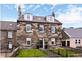 15 Kinghorn Road, Burntisland, KY3 9EA