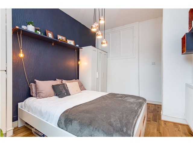 2 bedroom flat for sale, Blackwood Crescent, Newington ...