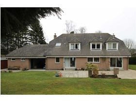 Woodside Road, Banchory, AB31 4JR