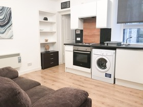 Ashvale Place, City Centre (Aberdeen), AB10 6PX