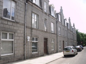 Wallfield Place, City Centre (Aberdeen), AB25 2JQ