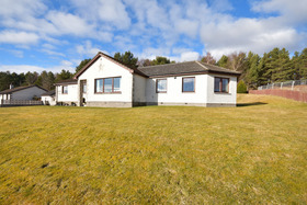 Pineview, 5 Revoan Drive, , Grantown-on-Spey, PH26 3HA