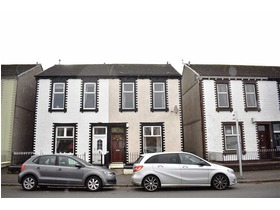 21, Octavia Cottages, 68 East Crawford Street, Greenock, PA15 2EA