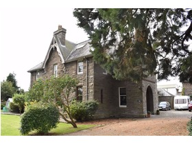 The Old Rectory, Flat 3, 61 Main Street, Invergowrie, DD2 5BA