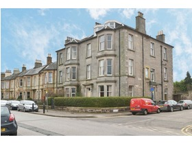 Rosslyn Crescent, Pilrig, EH6 5AT