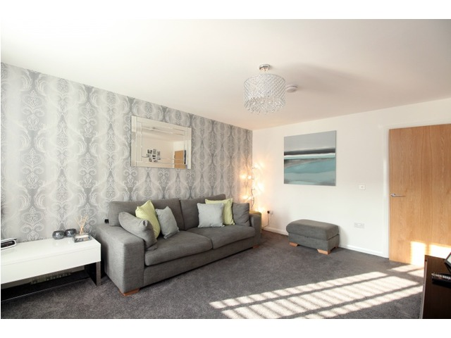 3 bedroom townhouse for sale bridgetown place kirkcaldy for Living room kirkcaldy