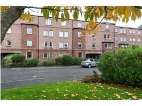West Savile Gardens, Blackford (Edinburgh), EH9 3AB