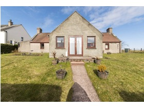 8 Mannochmore, Thomshill, Elgin, IV30 8GZ