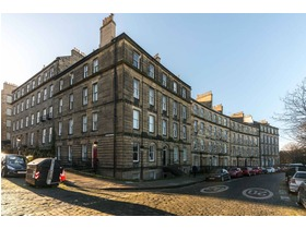 Royal Crescent, New Town, EH3 6QA