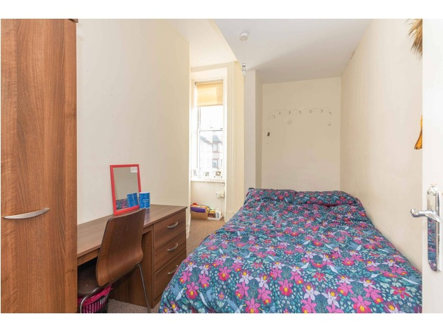 4 bedroom flat for sale, Easter Road, Leith, Edinburgh ...