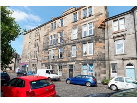 Largo Place, Leith, EH6 4AG