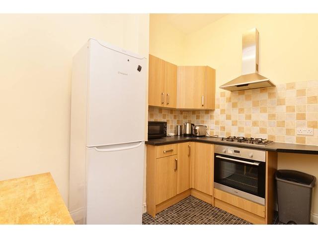 4 bedroom flat for sale, Roseneath Street, Marchmont ...