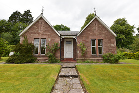 Edina Cottage, Victoria/Albert Street, Alyth, PH11 8AU