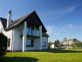Clearview, 12 Coast, Inverasdale, Poolewe, IV22 2LR