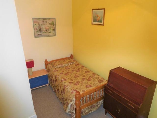 2 bedroom house for sale springhill cottage 16 newton for Schedule j bedroom description