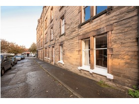 Trinity Crescent, Trinity (Edinburgh North), EH5 3EE