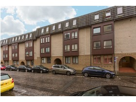 Lochrin Place, Tollcross (Edinburgh), EH3 9RB