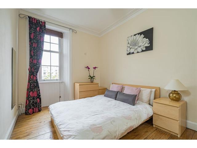 1 bedroom flat for sale, Hawthornvale, Newhaven, Edinburgh ...