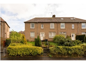 9 Clermiston Place, Clermiston, EH4 7DN