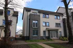 Crookston Court , Larbert, FK5 4XE