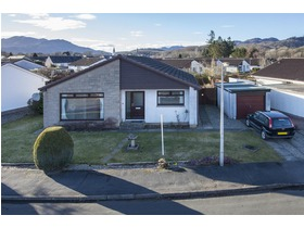 Tay Avenue , Comrie (Perth and Kinross), PH6 2PF