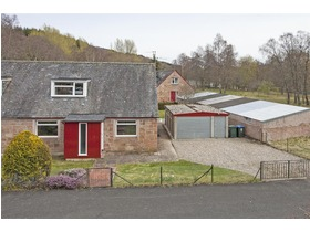 Dalcroy Crescent, Tummel Bridge, Pitlochry, PH16 5NU