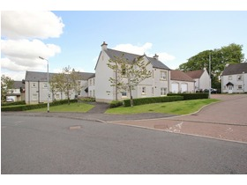 68d Mallots View, Newton Mearns, G77 6GN