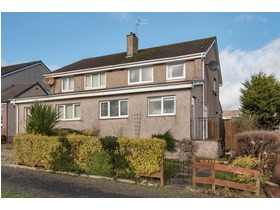 8 Carswell Road, Newton Mearns, G77 6NZ
