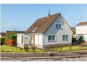 44 Turnberry Drive, Newton Mearns, G77 5SN