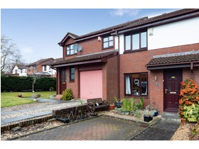 22 Woodlands Park, Thornliebank, G46 7RZ