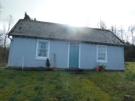 The Cottage Finlaystone, Langbank, PA14 6TJ