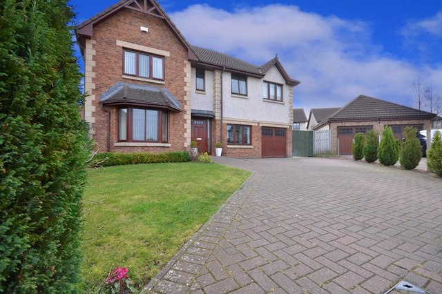 6 bed house for sale livingston eh54 9jq s1homes