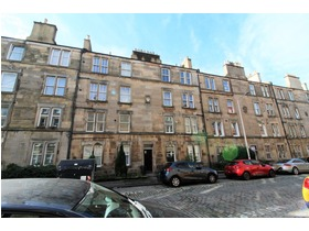 Downfield Place, Dalry (Edinburgh), EH11 2EN