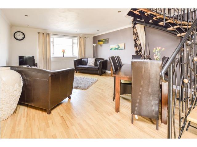 3 Bedroom Flat For Sale Grantlea Terrace Mount Vernon Glasgow