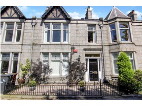 Osborne Place, West End (Aberdeen), AB25 2DB