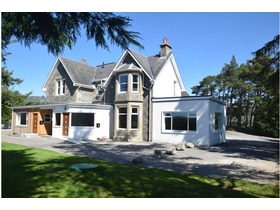 Golf Course Road, Newtonmore, PH20 1AT