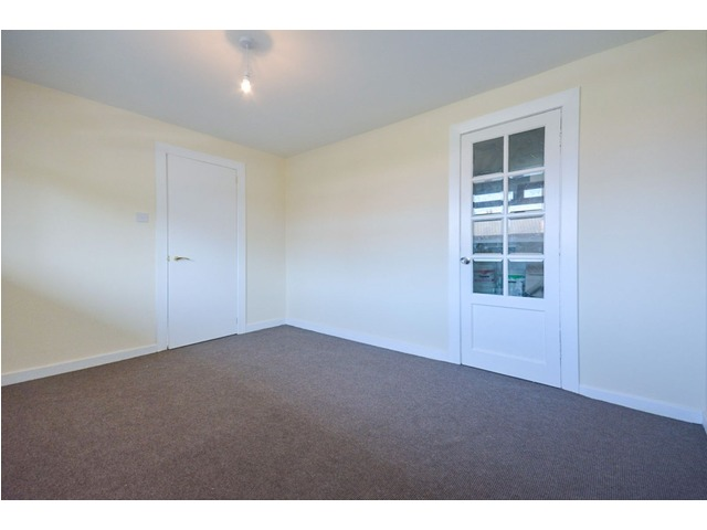 4 bedroom flat for sale, Northfield Drive, Northfield ...