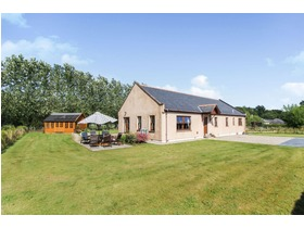 3 The Holding, Laurencekirk, AB30 1QT