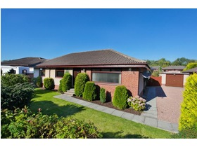 Cortachy Place, Finglassie, Glenrothes, KY7 4TP