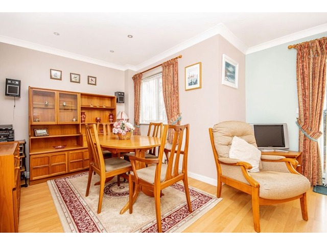 3 Bedroom House For Sale Priorwood Drive Dunfermline