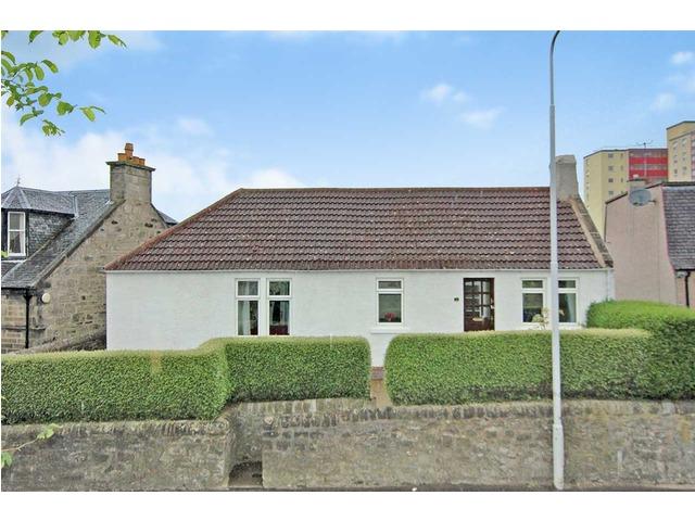 4 bedroom cottage for sale 9228158a1240