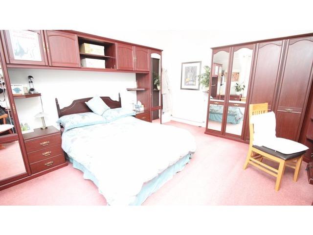4 bedroom house for sale whytehouse avenue kirkcaldy for Schedule j bedroom description