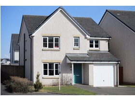 58 Russell Drive, Bathgate, EH48 2GG