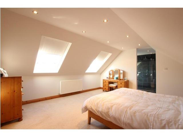 6 bedroom house for sale nursery court kirkfieldbank for Schedule j bedroom description