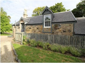 Stable Cottage, Glentyan, Church Street, Johnstone, PA10 2JJ