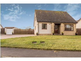 Hatton Place, Luncarty, Perth, PH1 3UY