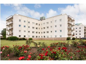 Castlebay Court, Northayrshire, Largs, KA30 8DS
