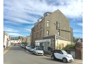 Bath Street, Largs, KA30 8BL
