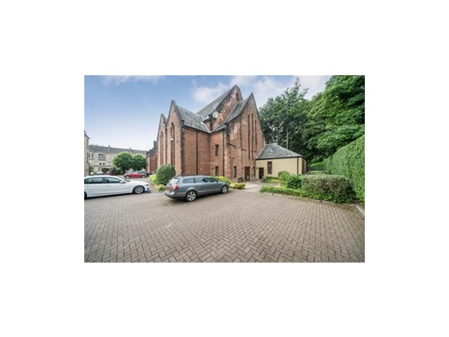 4 bedroom flat for rent, Greenlaw Avenue, Paisley ...
